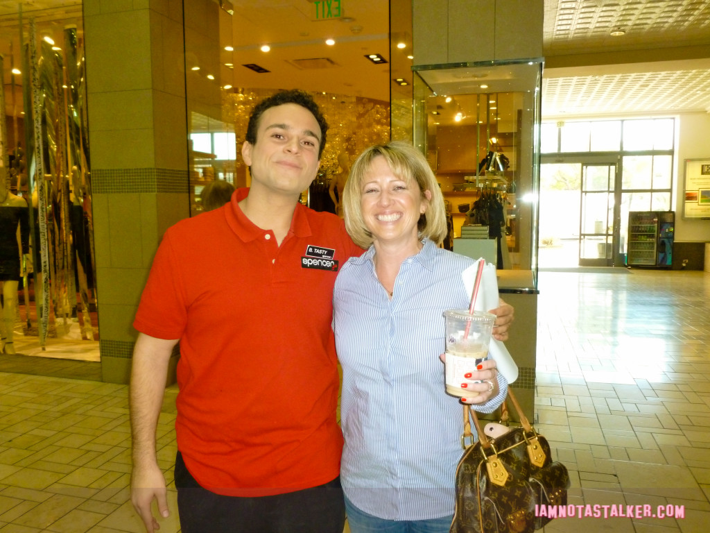 the-goldbergs-mall-1130010