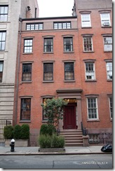 Julianne-Moore-Greenwich-Village-Townhouse-4