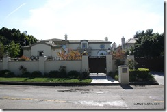 Glee-House-in-Encino-3