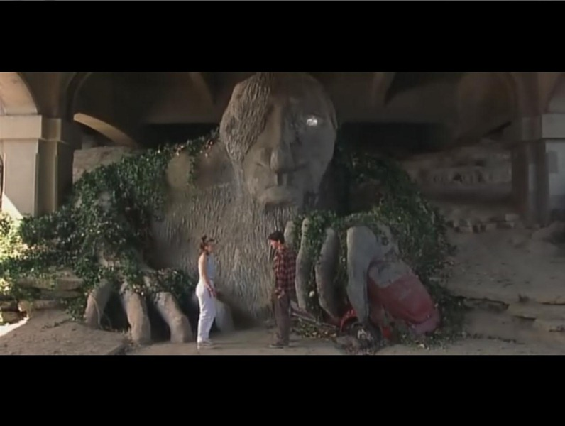 "10 Things I Hate About You Movie Scenes: The Fremont Troll From ""10 Things I Hate About You"