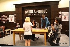 Shannen-Doherty-Book-Signing-(101-of-120)