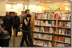 Shannen-Doherty-Book-Signing-(39-of-120)
