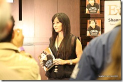 Shannen-Doherty-Book-Signing-(60-of-120)