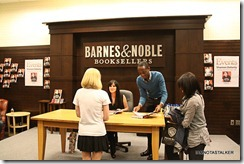 Shannen-Doherty-Book-Signing-(94-of-120)