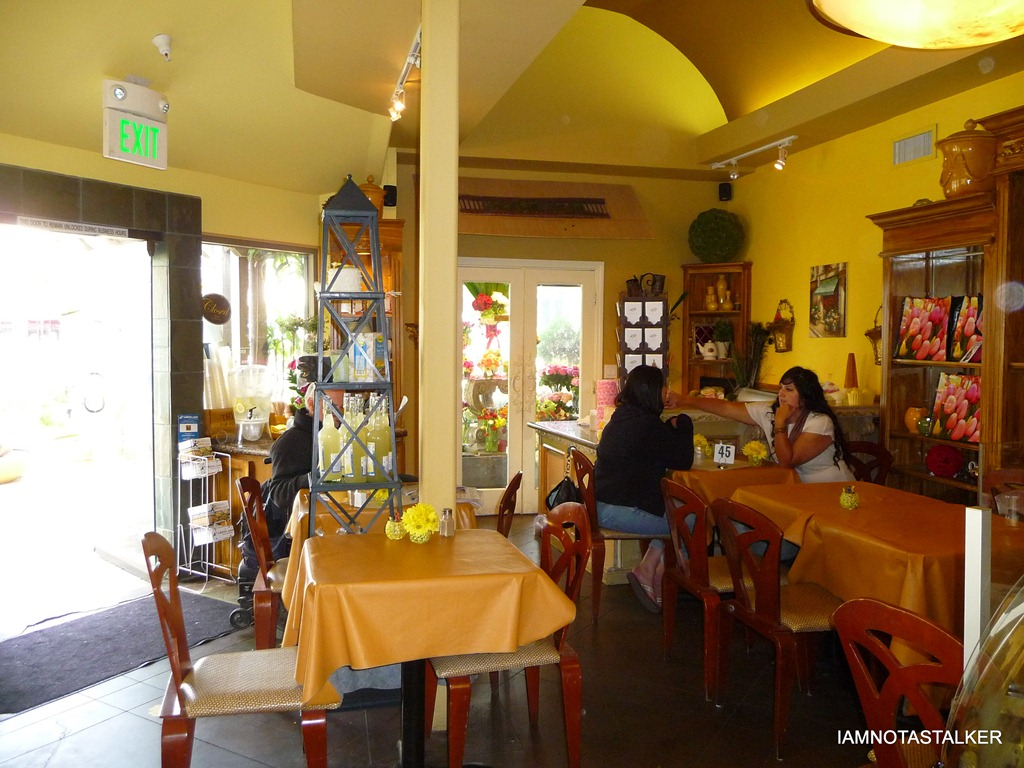 The yellow vase caf from 90210 iamnotastalker as you can see in the above photographs the yellow vase caf which is actually a bakeryfull service floristcoffee shop is an adorably charming little reviewsmspy