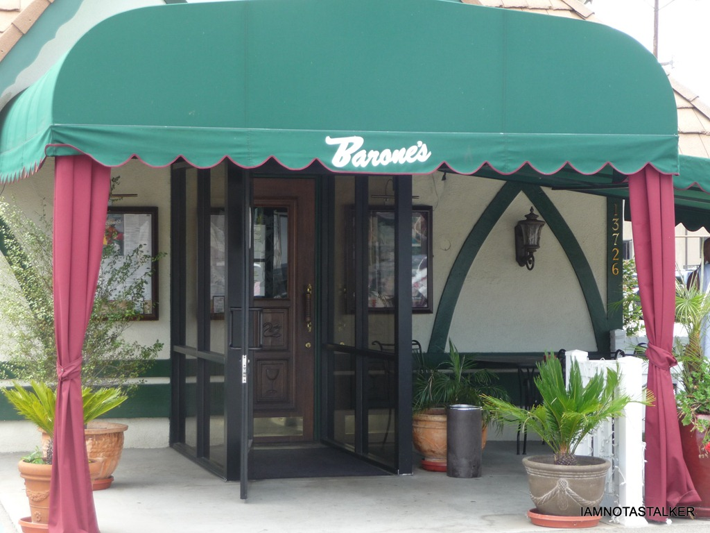 barone s famous italian restaurant from the office iamnotastalker barone s famous italian restaurant was originally founded way back in 1945 by brothers tony frank and mike arpaia all of whom had just returned home