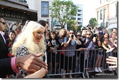 christina-aguilera-the-voice-extra-the-grove-229