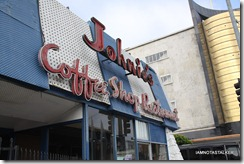 johnies-coffee-shop-11