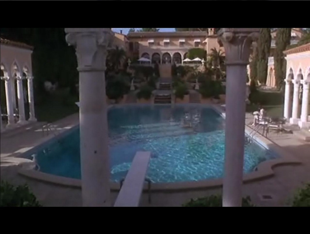 The Bodyguard Mansion Aka The Beverly House Compound Iamnotastalker