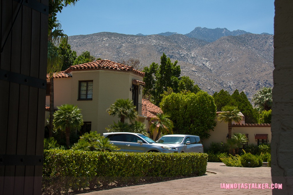 The sand acre estate where marilyn monroe is rumored to for Marilyn monroe palm springs home