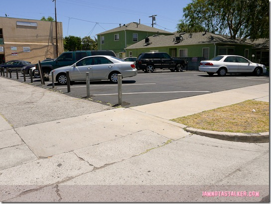 Smallest Park - Parks and Recreation-1000246