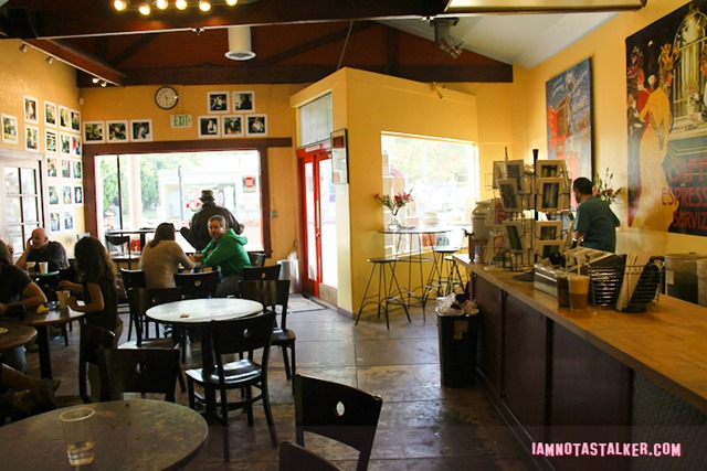 Easy A Coffee Shop (3 of 6)