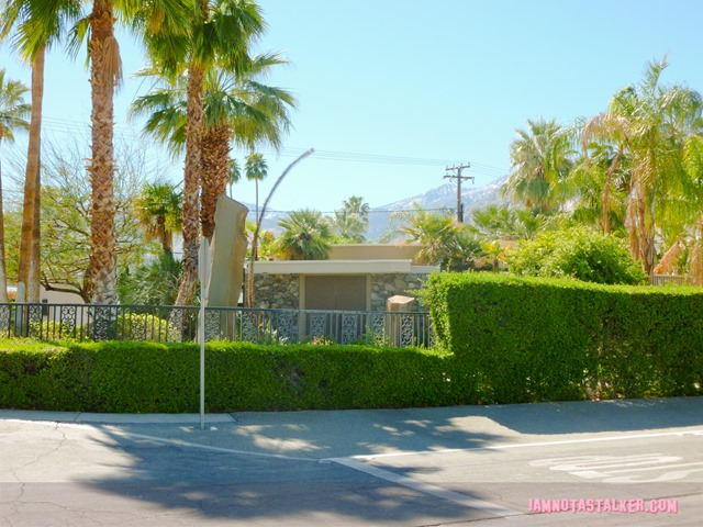 Loretta Young's Palm Springs' house (9 of 15)