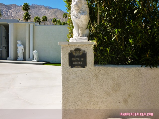 Liberace's Third Palm Springs House (14 of 23)