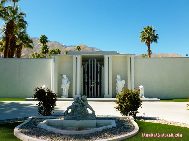 Liberace's Third Palm Springs House (19 of 23)