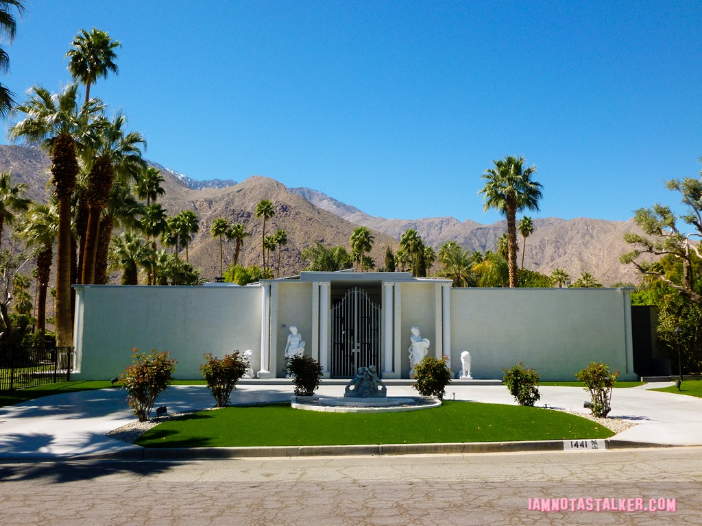 Liberace 39 s third palm springs house iamnotastalker for Buy house palm springs