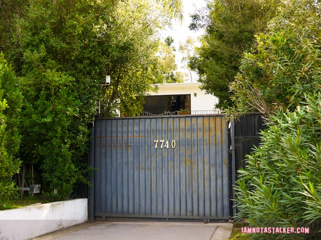 Erroll Flynn's Mulholland House (2 of 7)