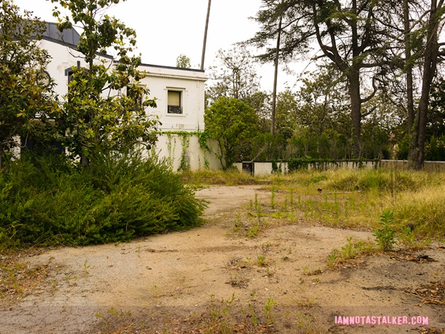 Liza Minnelli's abandoned house (15 of 22)