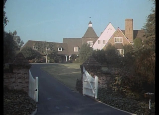 Mr Hart S Mansion From Quot Nine To Five Quot Iamnotastalker