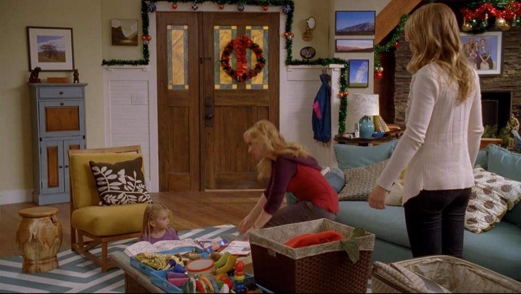 The House Was Also Briefly Featured, Covered In Snow (digitally, I  Believe), In The Seriesu0027 2011 Made For TV Movie, Good Luck Charlie, Itu0027s  Christmas. Part 37