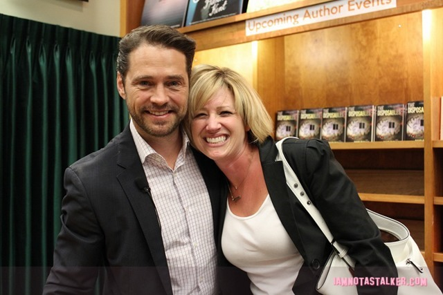 Jason Priestley Signing (5 of 6)