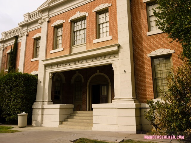 Pretty Little Liars Warner Bros. Sets (35 of 52)