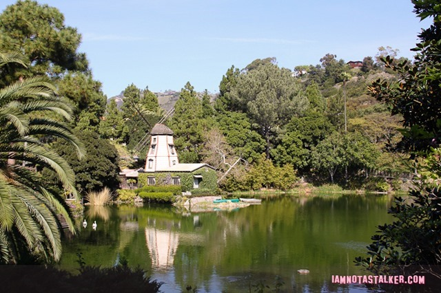 Self Realization Lake Shrine Temple (1 of 5)