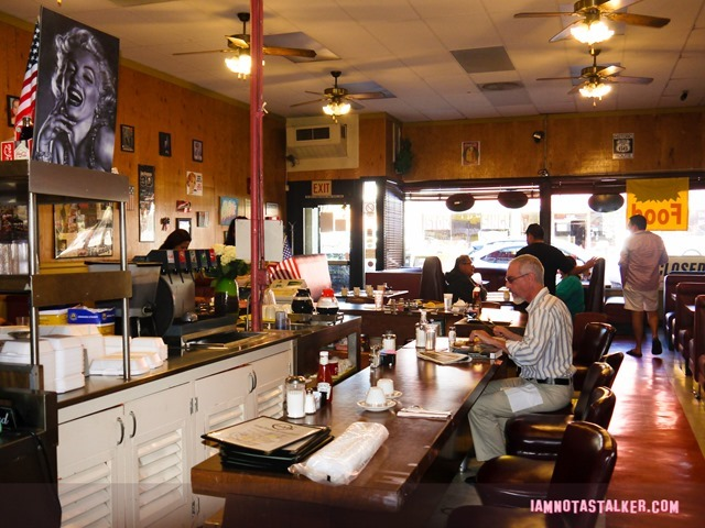 Andy's Coffee Shop from Cups-22