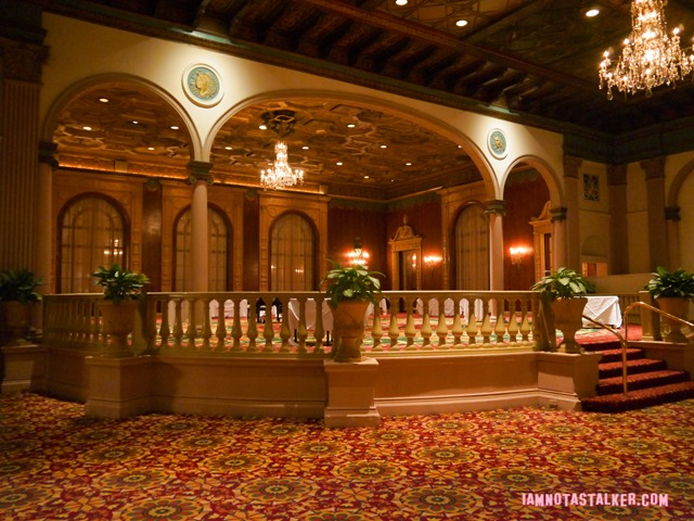 Millennium Biltmore Gold Room from Beverly Hills 90210-12