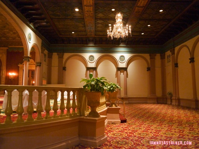 Millennium Biltmore Gold Room from Beverly Hills 90210-13