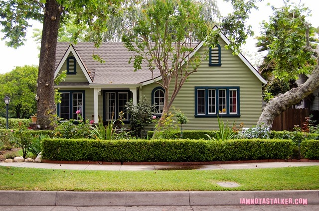 Sara's House from Grandfathered - pilot-3