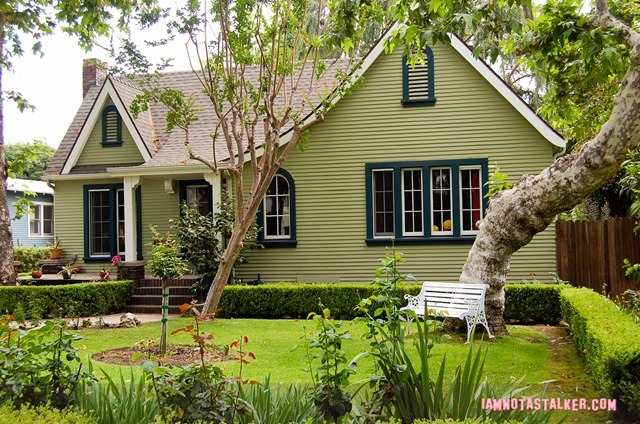 Sara's House from Grandfathered - pilot-5