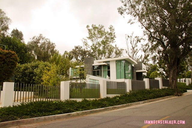 The Why Him House-7812