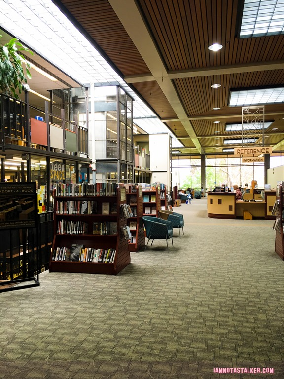Huntington Beach Central Library and Cultural Center from ...