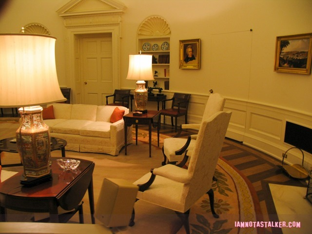 An exact replica of the Oval Office