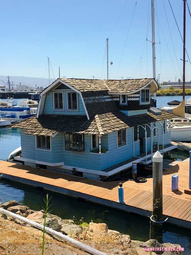Daisie Villa's Houseboat from Rosewood-0867