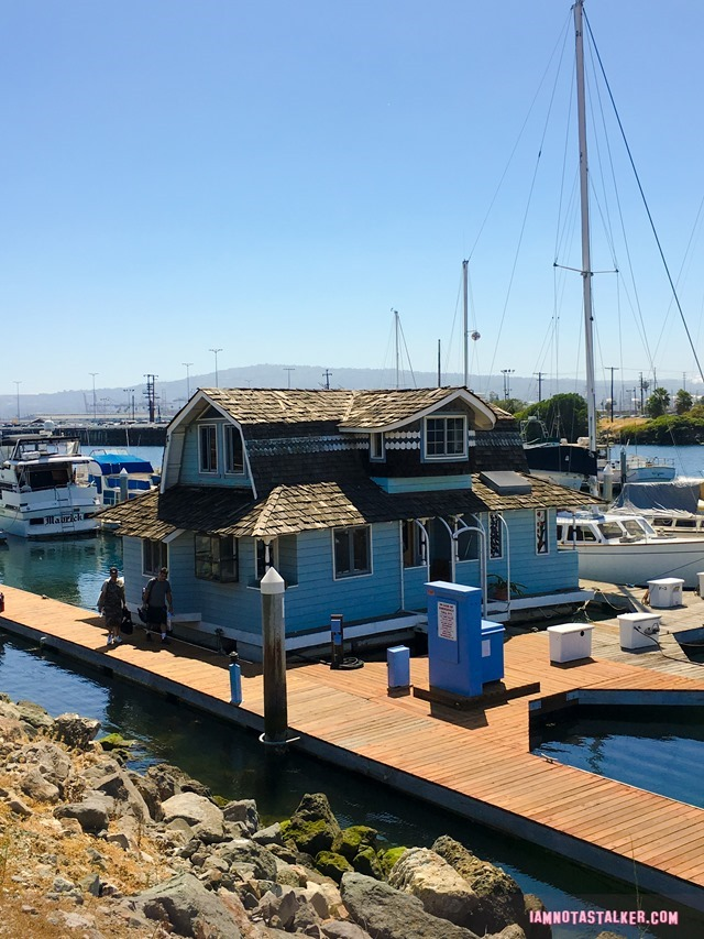 Daisie Villa's Houseboat from Rosewood-0868