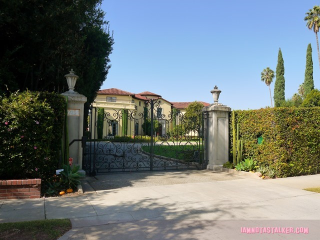 Madeline's Mansion from Death Becomes Her-1200598