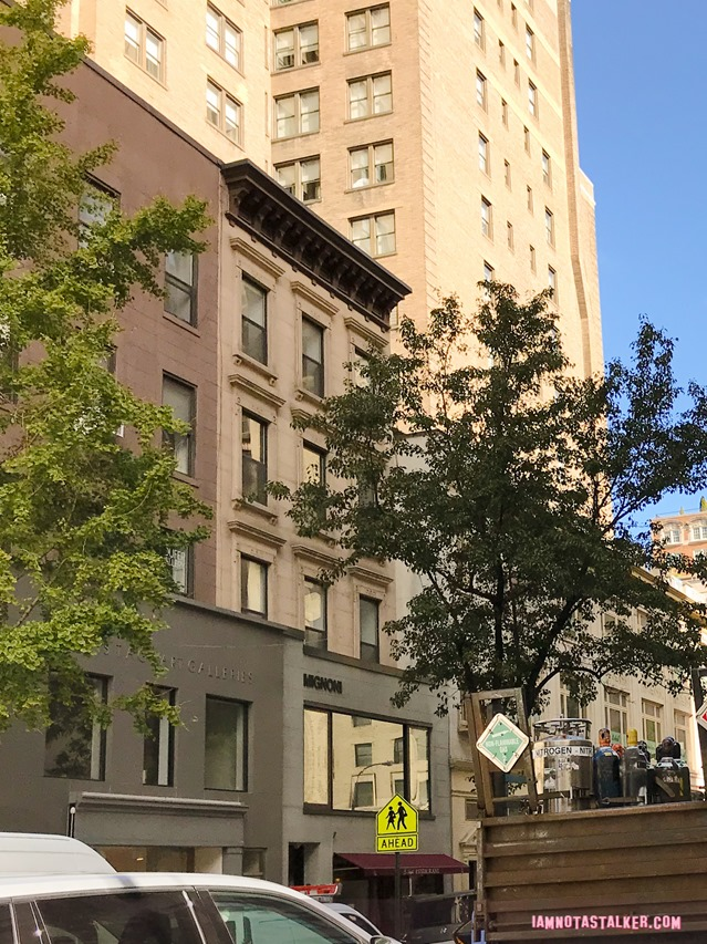 Carrie Bradshaw's First Apartment from Sex and the City -2-6689